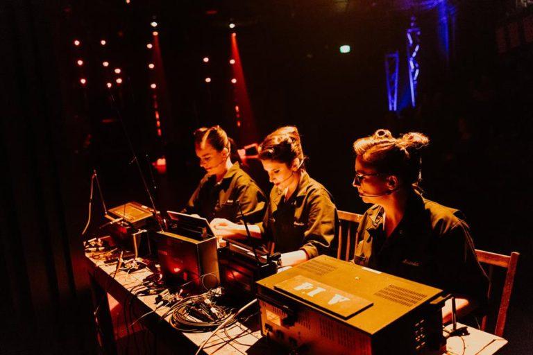 Requiem pour la radio: FQF